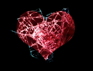 Broken_Heart_by_Chain_saw